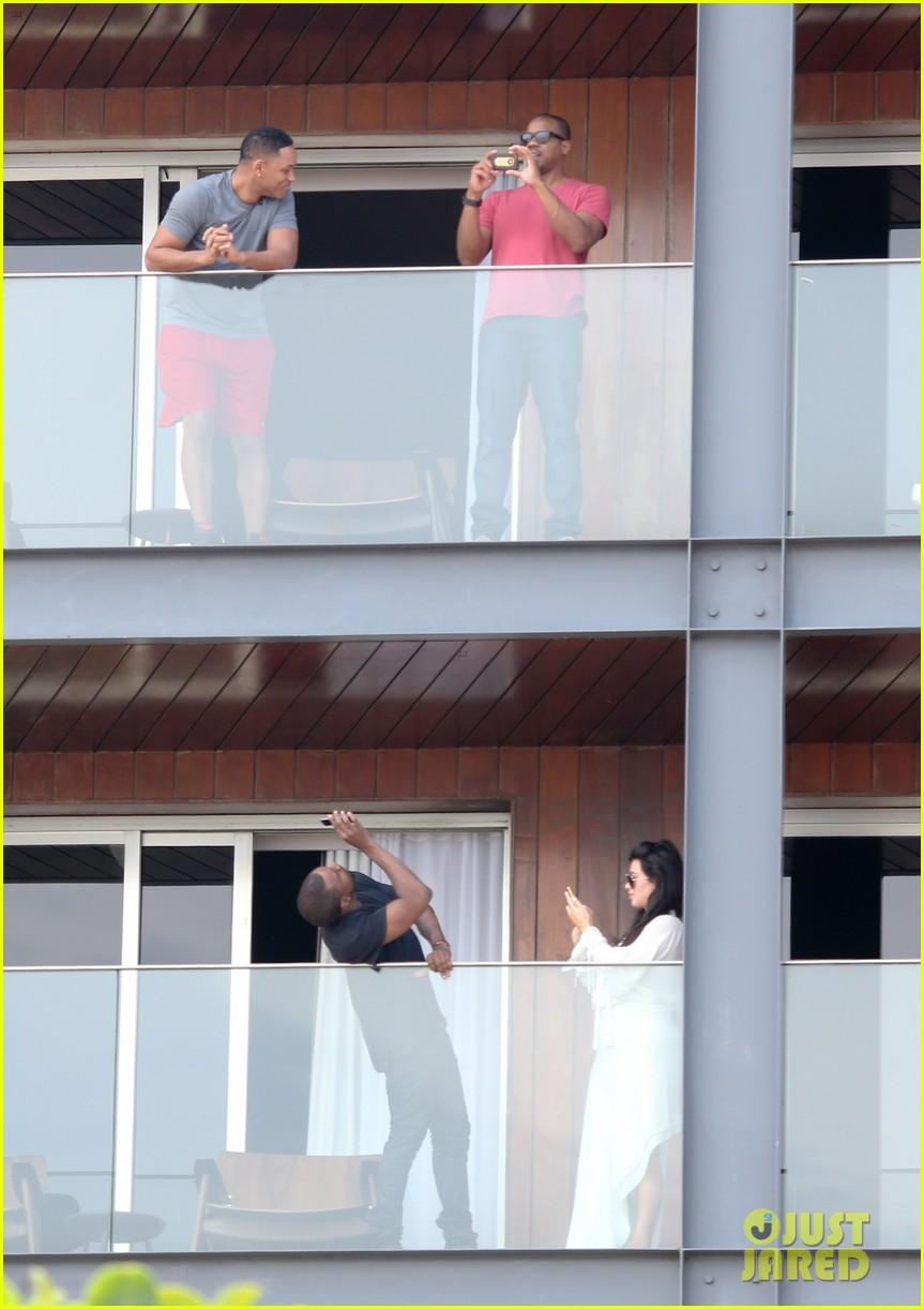 kim kardashian kanye west balcony fun with will smith 122810161