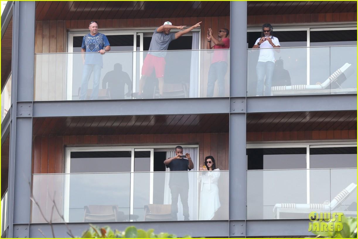 kim kardashian kanye west balcony fun with will smith 132810162
