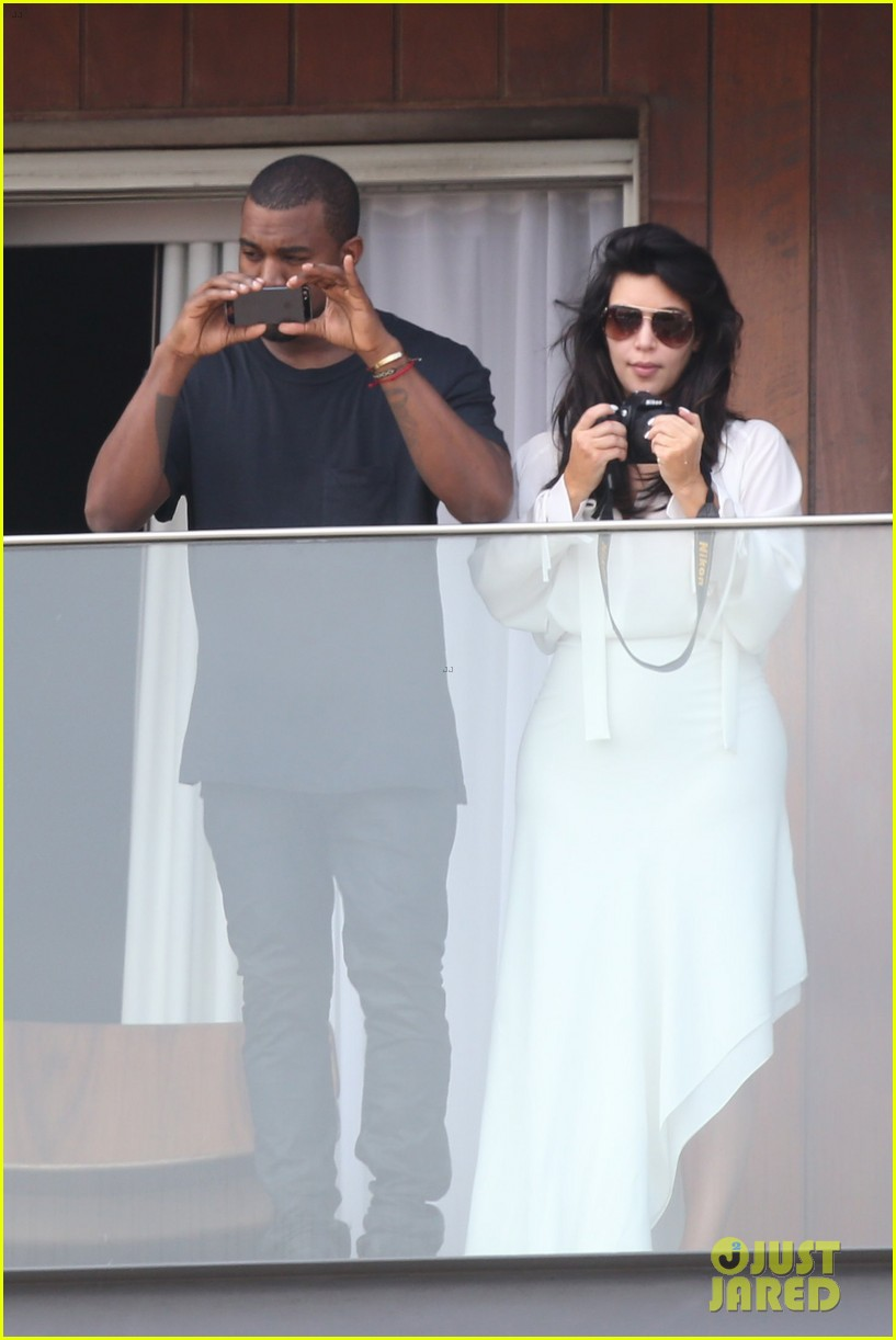 kim kardashian kanye west balcony fun with will smith 162810165