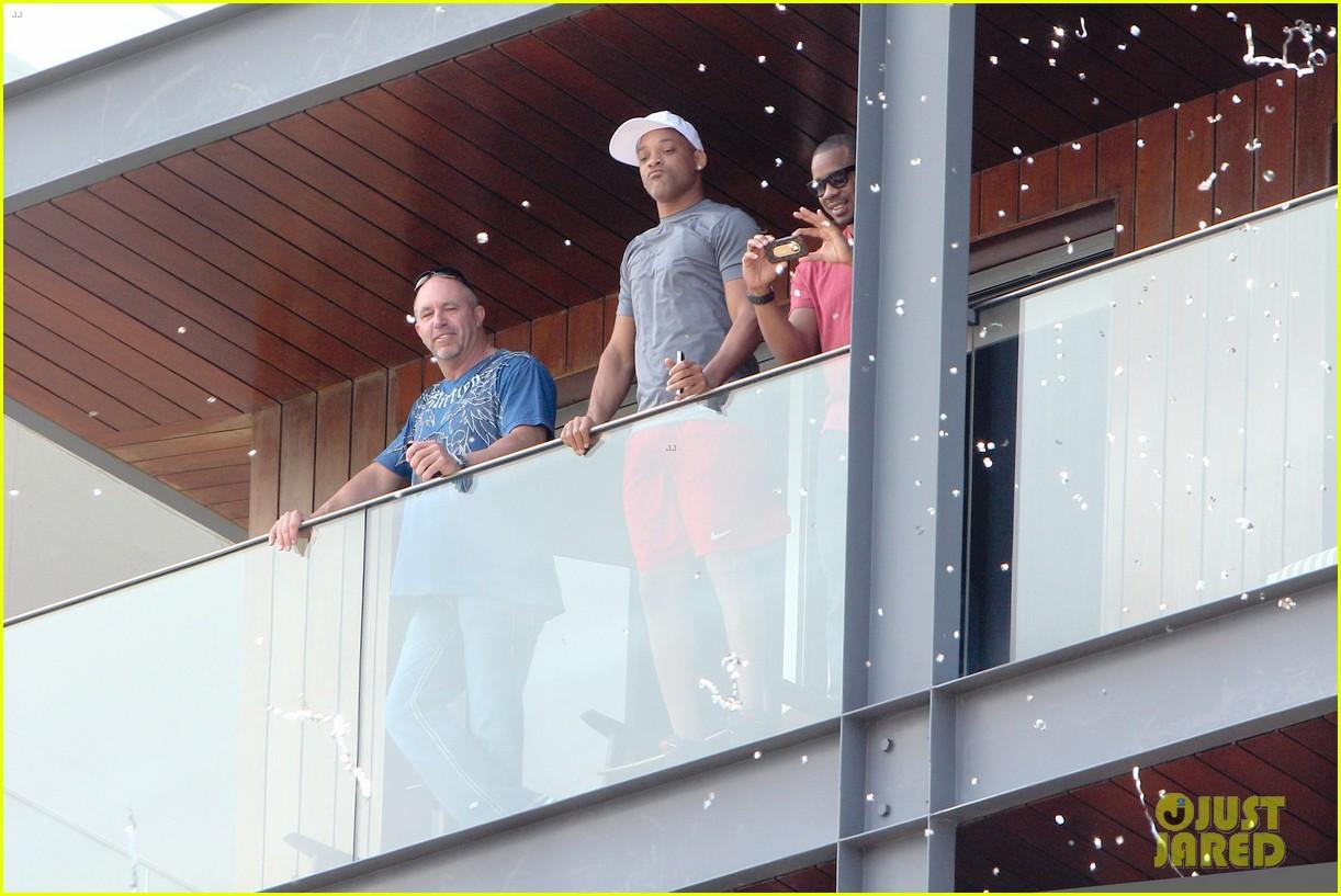 kim kardashian kanye west balcony fun with will smith 202810169