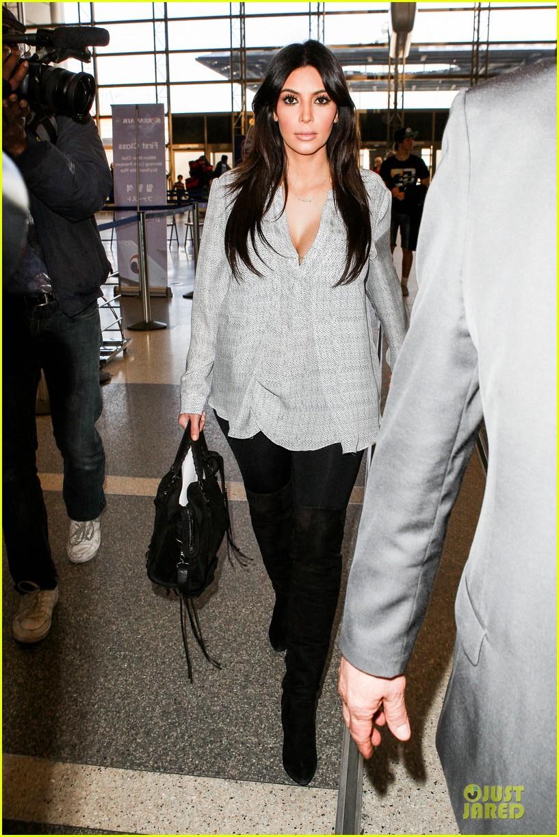 kim kardashian pregnant divorce trail date set 032813387