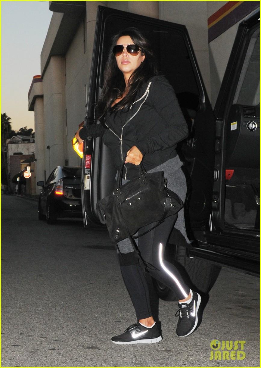 kim kardashian i found the perfect maternity jeans 062821317