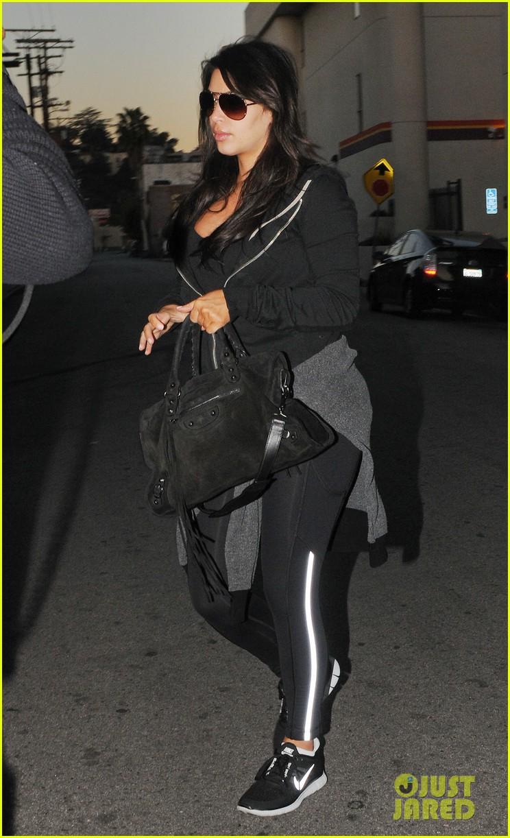 kim kardashian i found the perfect maternity jeans 072821318