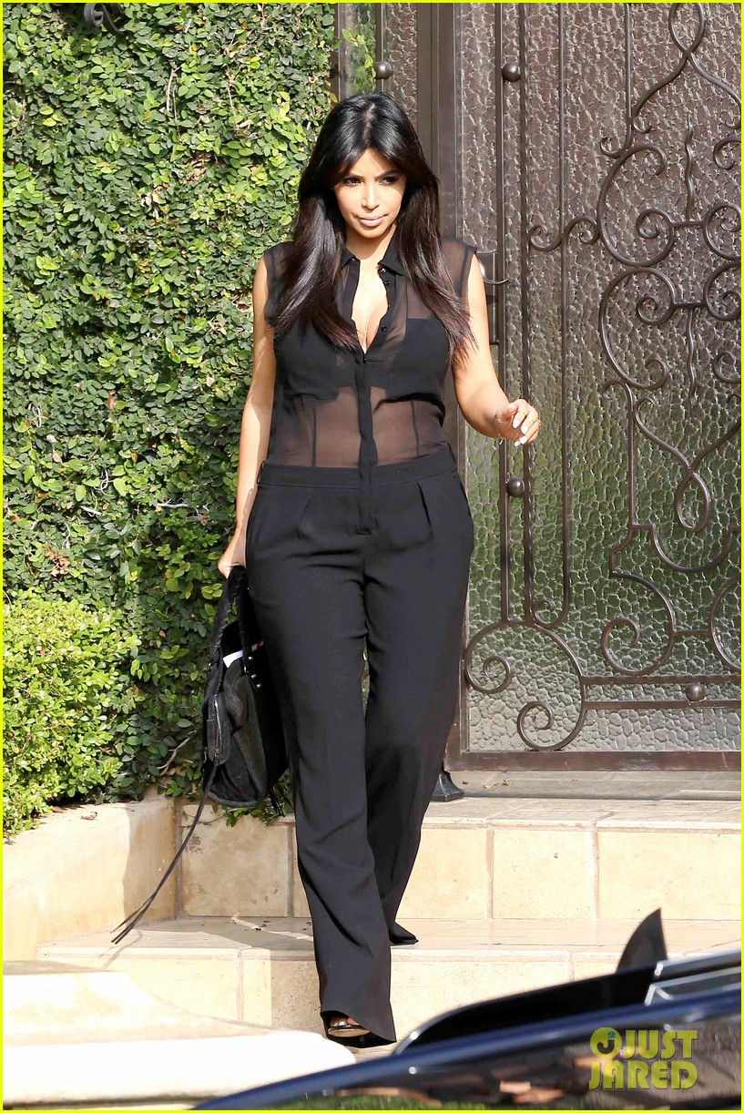 kim kardashian pregnant in sheer top en route to airport 012806925