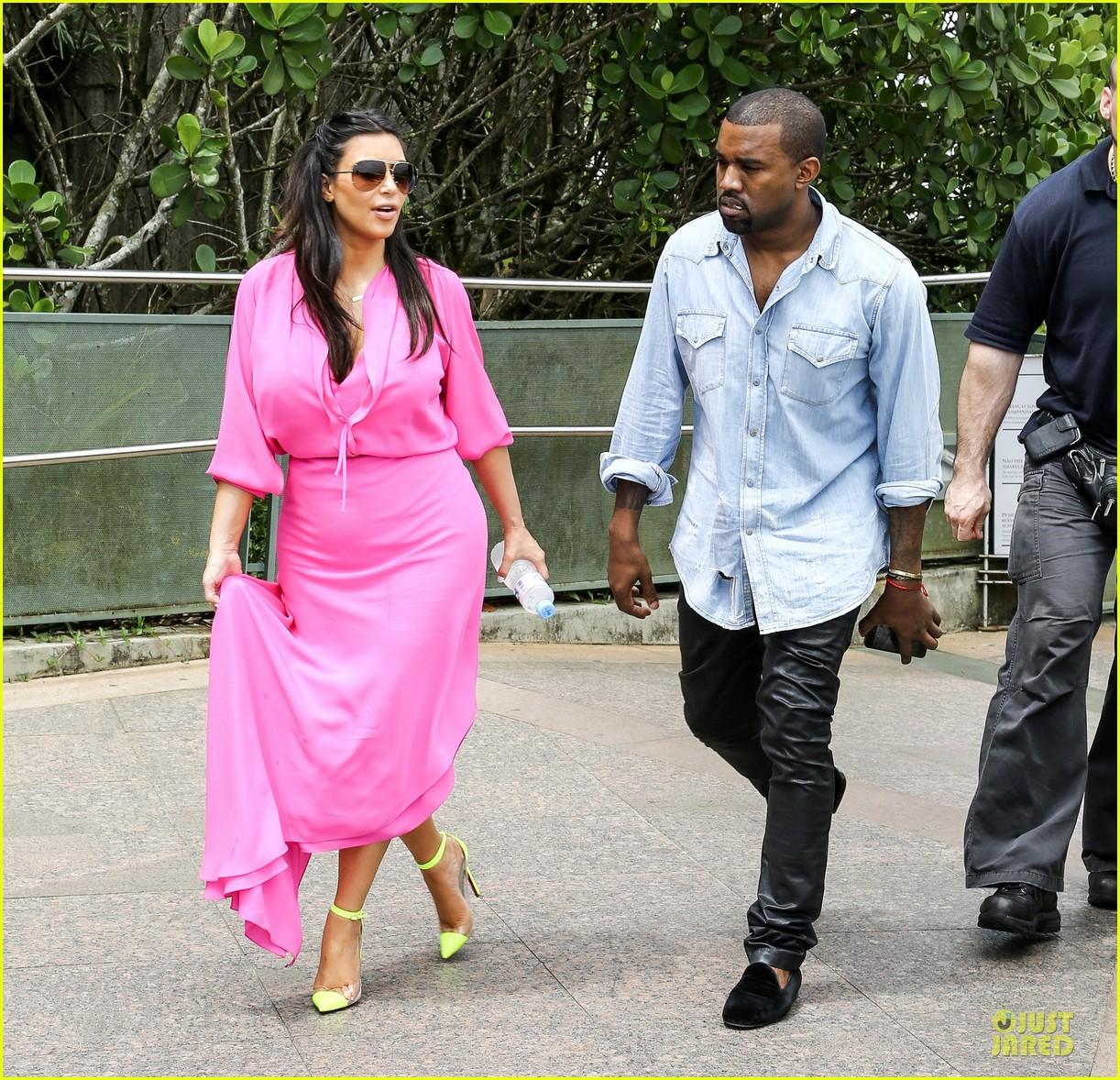 pregnant kim kardashian kanye west rio sightseeing couple 052807910