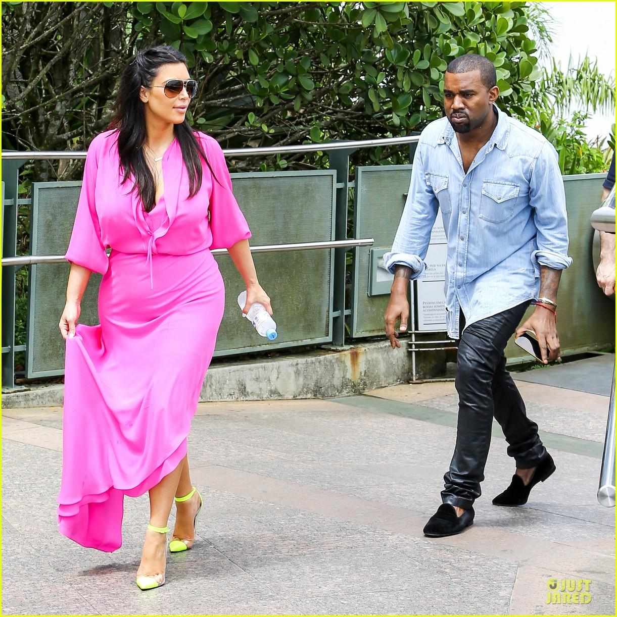 pregnant kim kardashian kanye west rio sightseeing couple 072807912