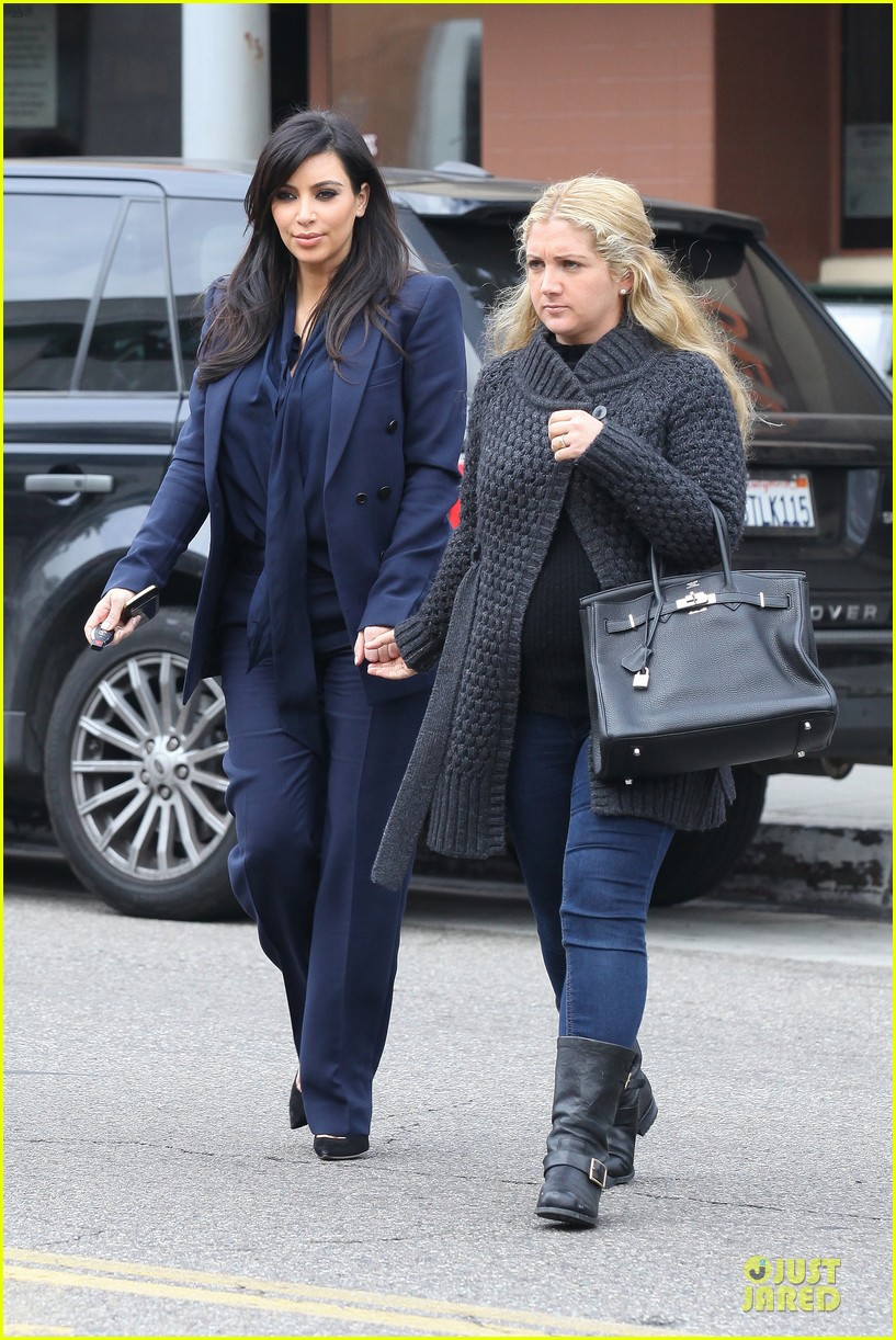 kim kardashian suiting baby bump 17