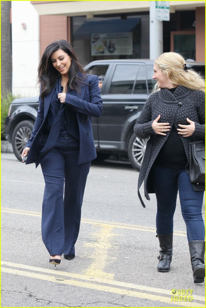 kim kardashian suiting baby bump 182805438