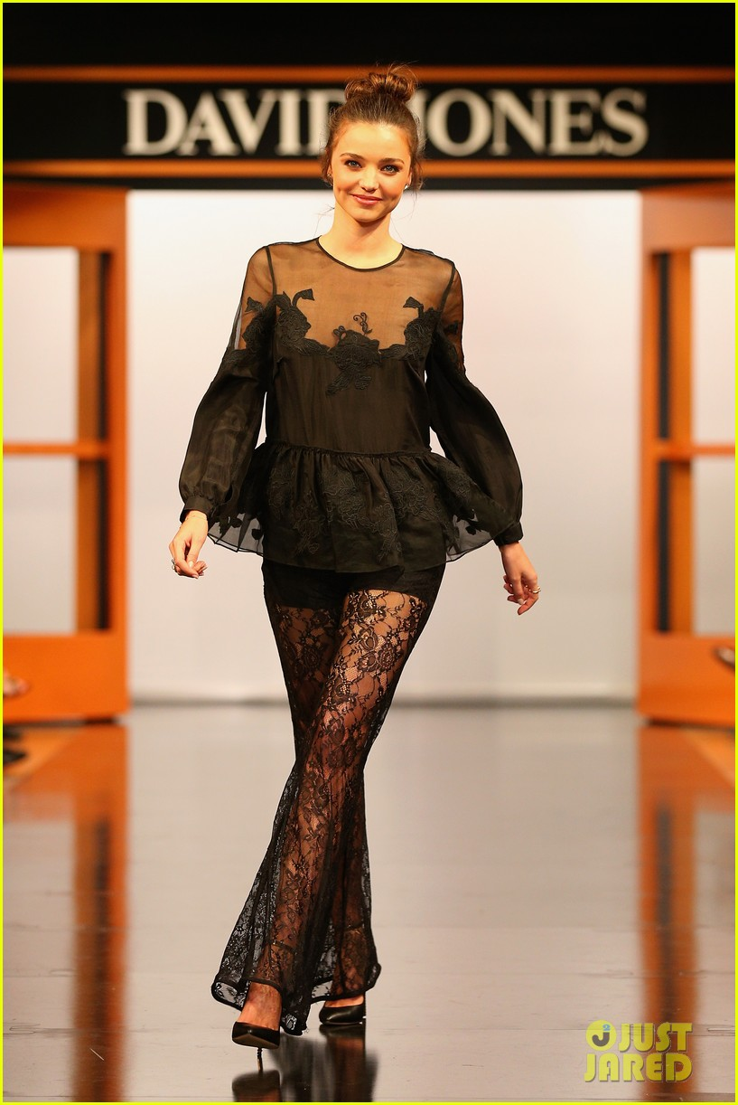 miranda kerr david jones fashion show more pics 05