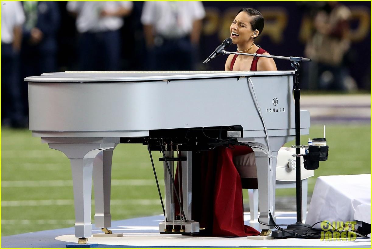 alicia keys super bowl 2013 national anthem video 072804215