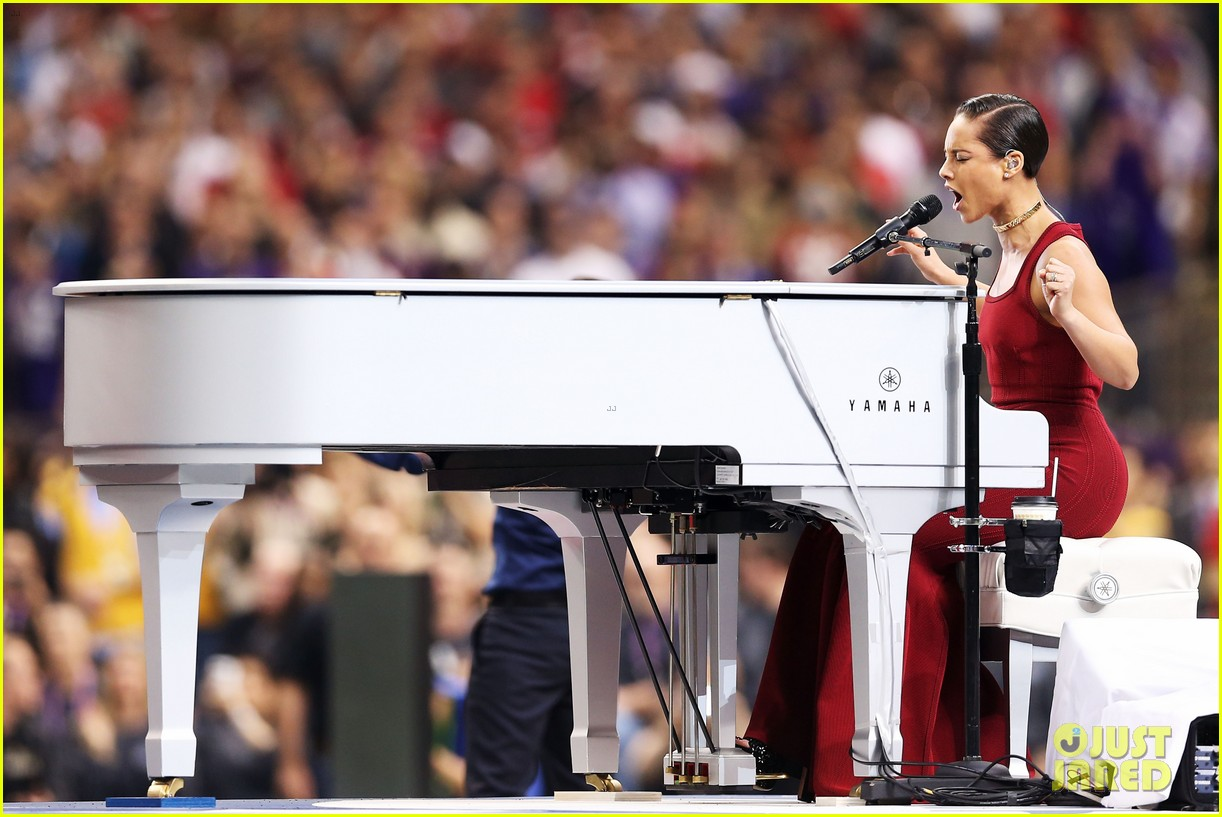alicia keys super bowl 2013 national anthem video 092804217