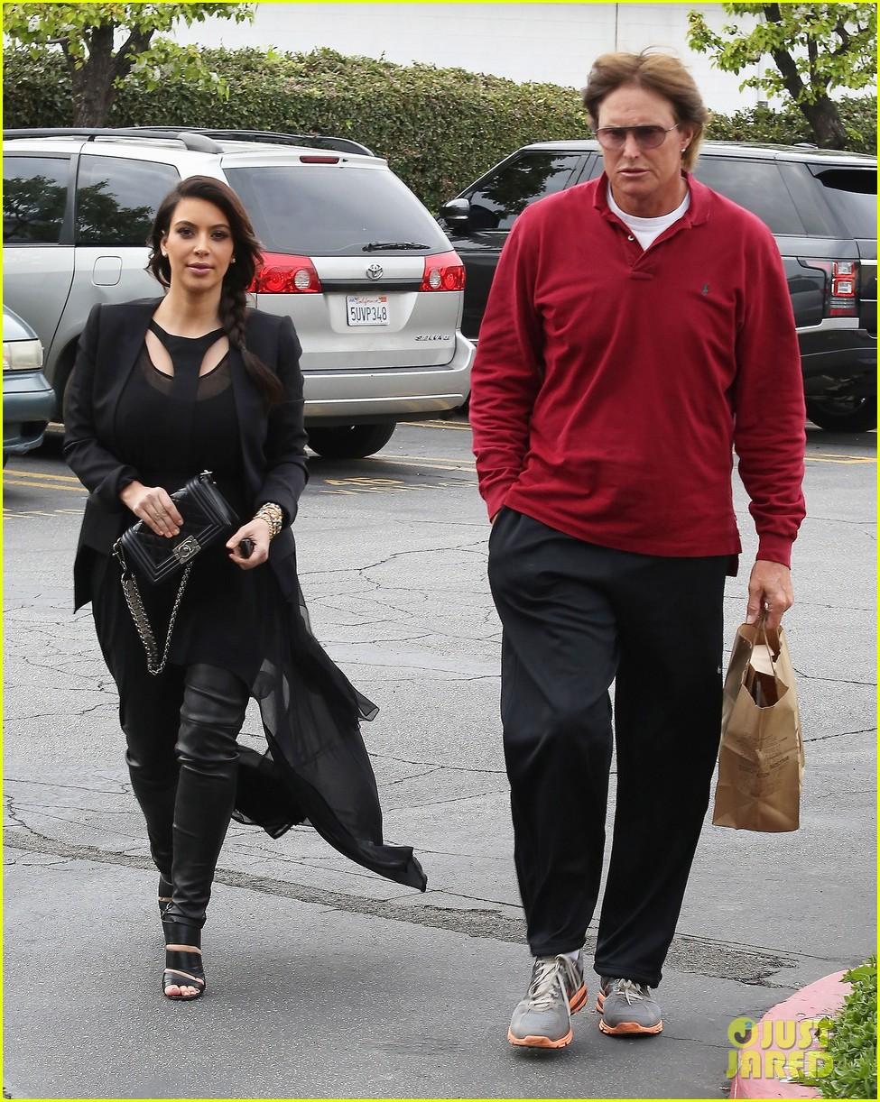 kim kardashian leaving keeping up with the kardashians after season nine 012815759