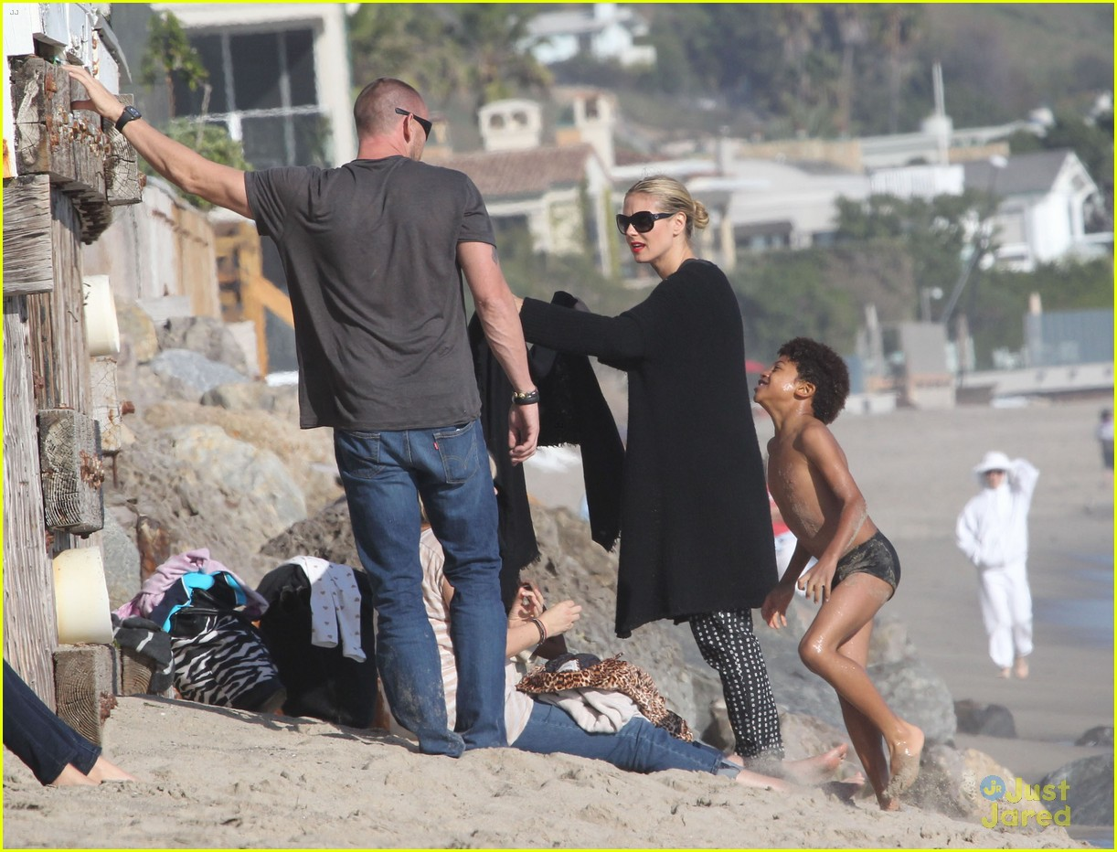 heidi klum martin kirsten beach day with the kids 232814913