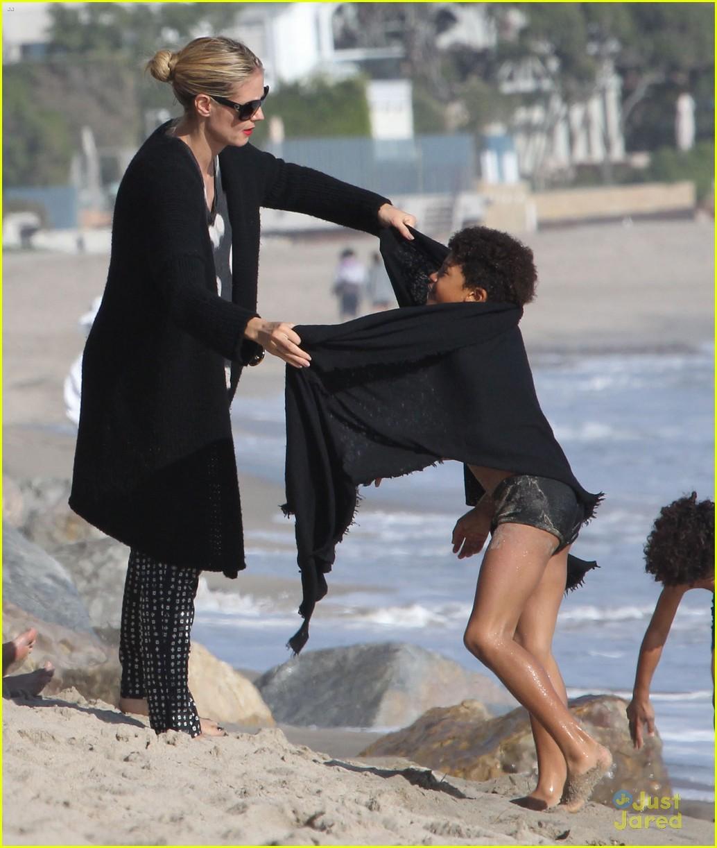 heidi klum martin kirsten beach day with the kids 252814915