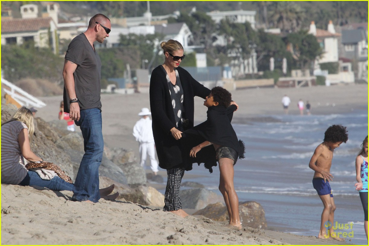 heidi klum martin kirsten beach day with the kids 262814916