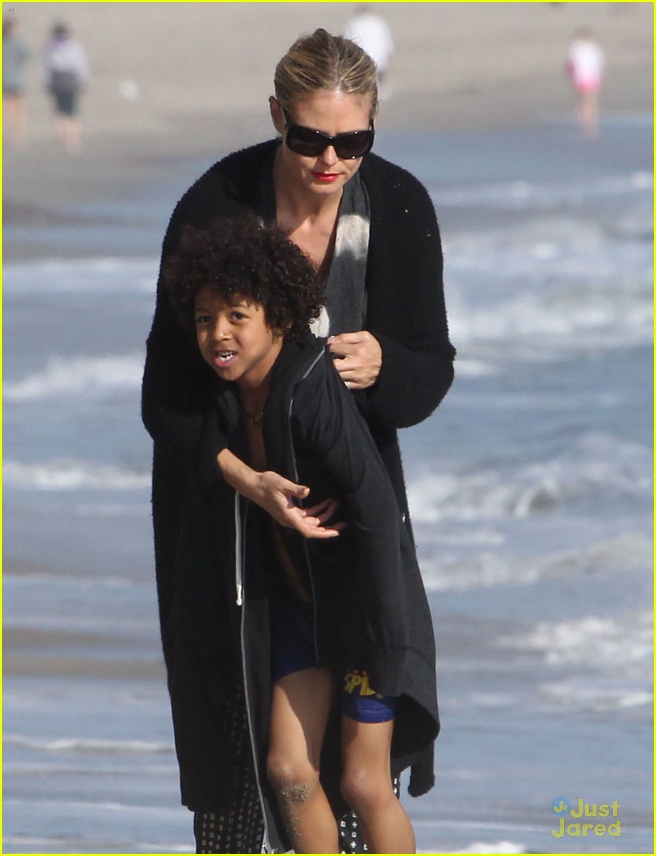 heidi klum martin kirsten beach day with the kids 302814920