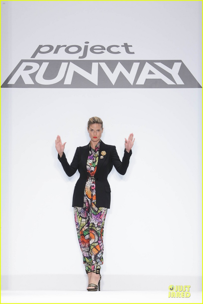heidi klum kristin chenoweth project runway fashion show 012807539