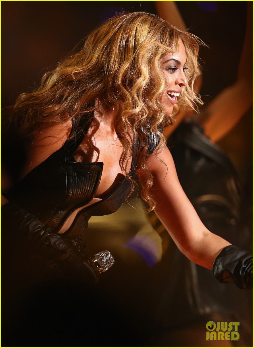 beyonce super bowl halftime show 2013 watch now 112804247