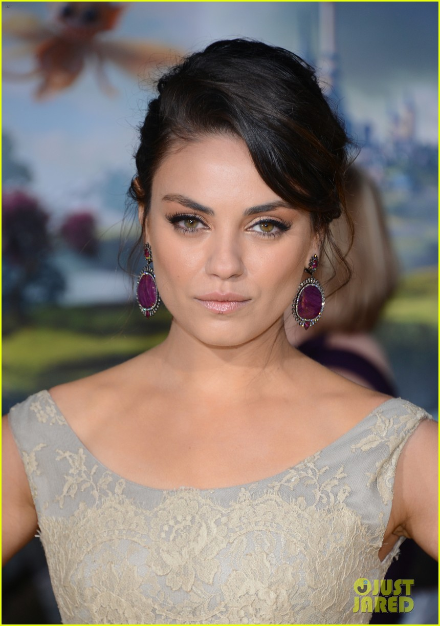 mila kunis james franco oz the great and powerful premiere 062811736