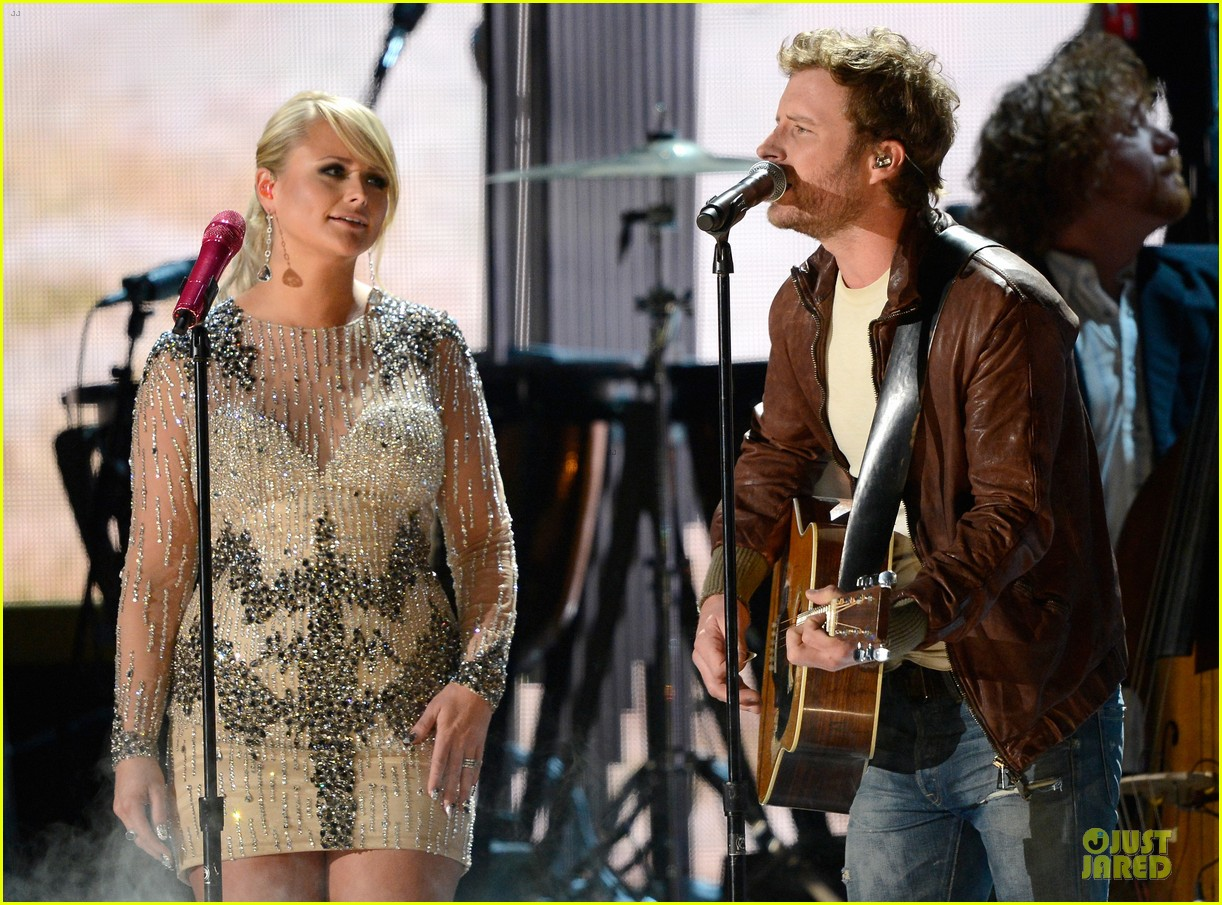 miranda lambert dierks bentley grammys 2013 performance watch now 082809496