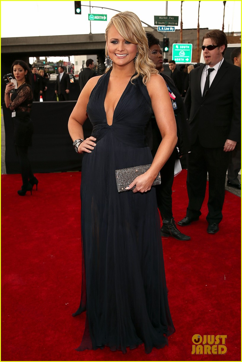 miranda lambert grammys 2013 red carpet 05