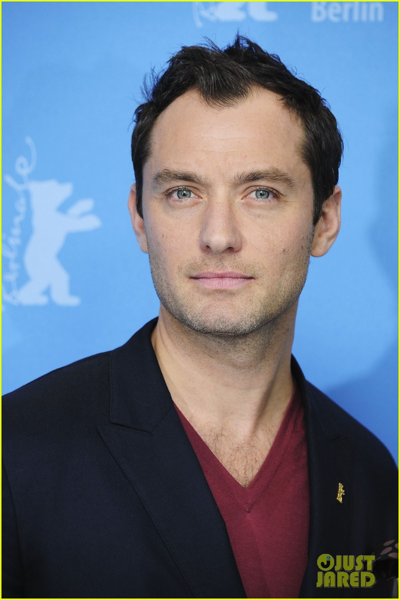 jude law side effects berlin photo call 12