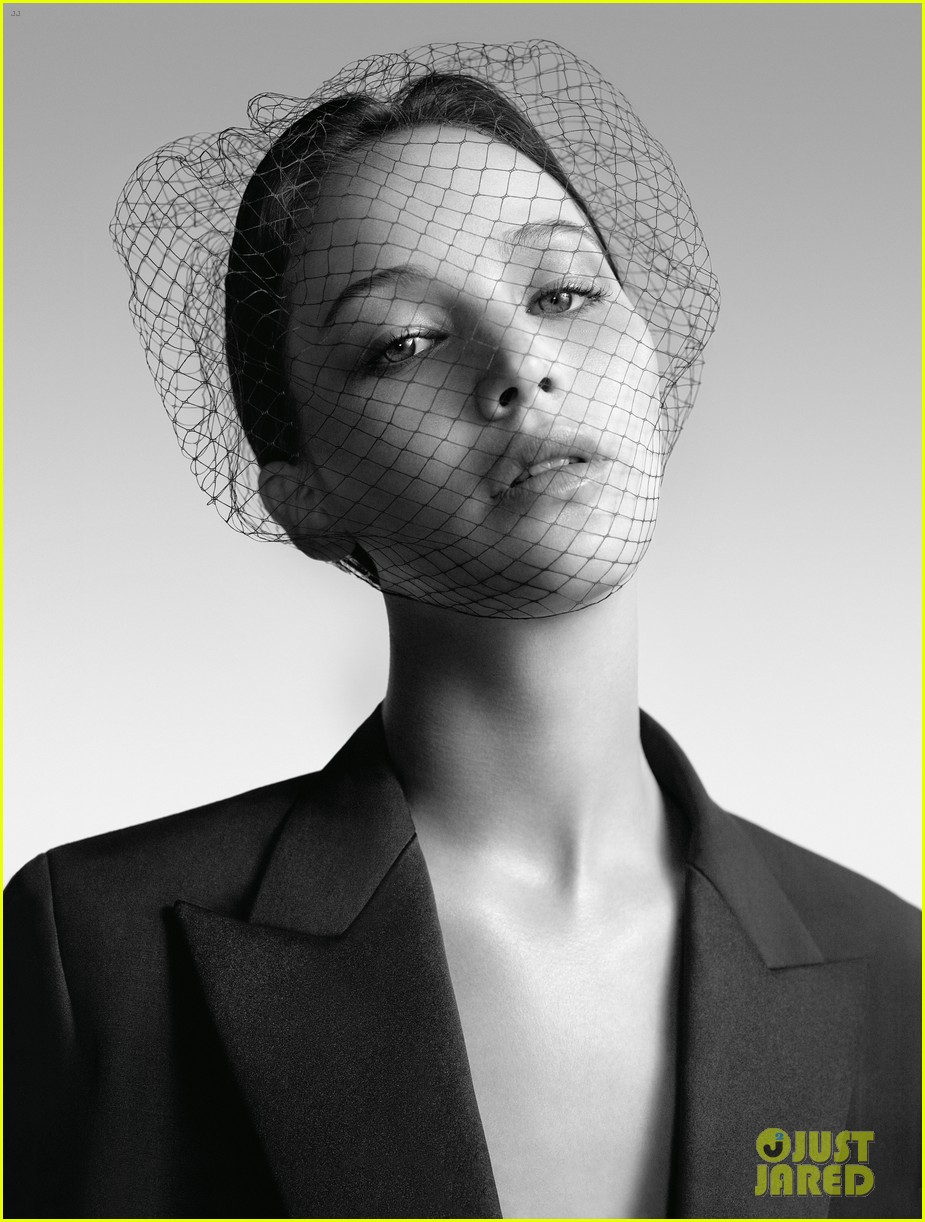jennifer lawrence miss dior campaign 04 Jennifer Lawrence, nouvelle grie pour Miss Dior