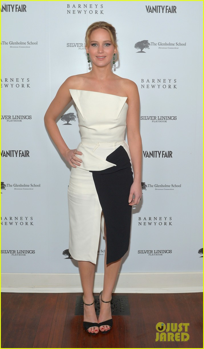 jennifer lawrence bradley cooper vanity fair pre oscar party 2013 102816273