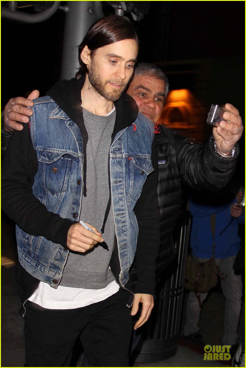 jared leto back tattoo reveal with 1 million twitter followers 022817421