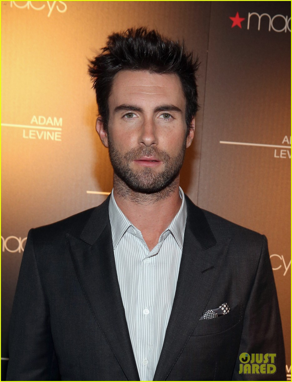 adam levine fragrance launch event 042806084