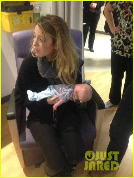 blake lively ryan reynolds visit sick children in hospital 032821855