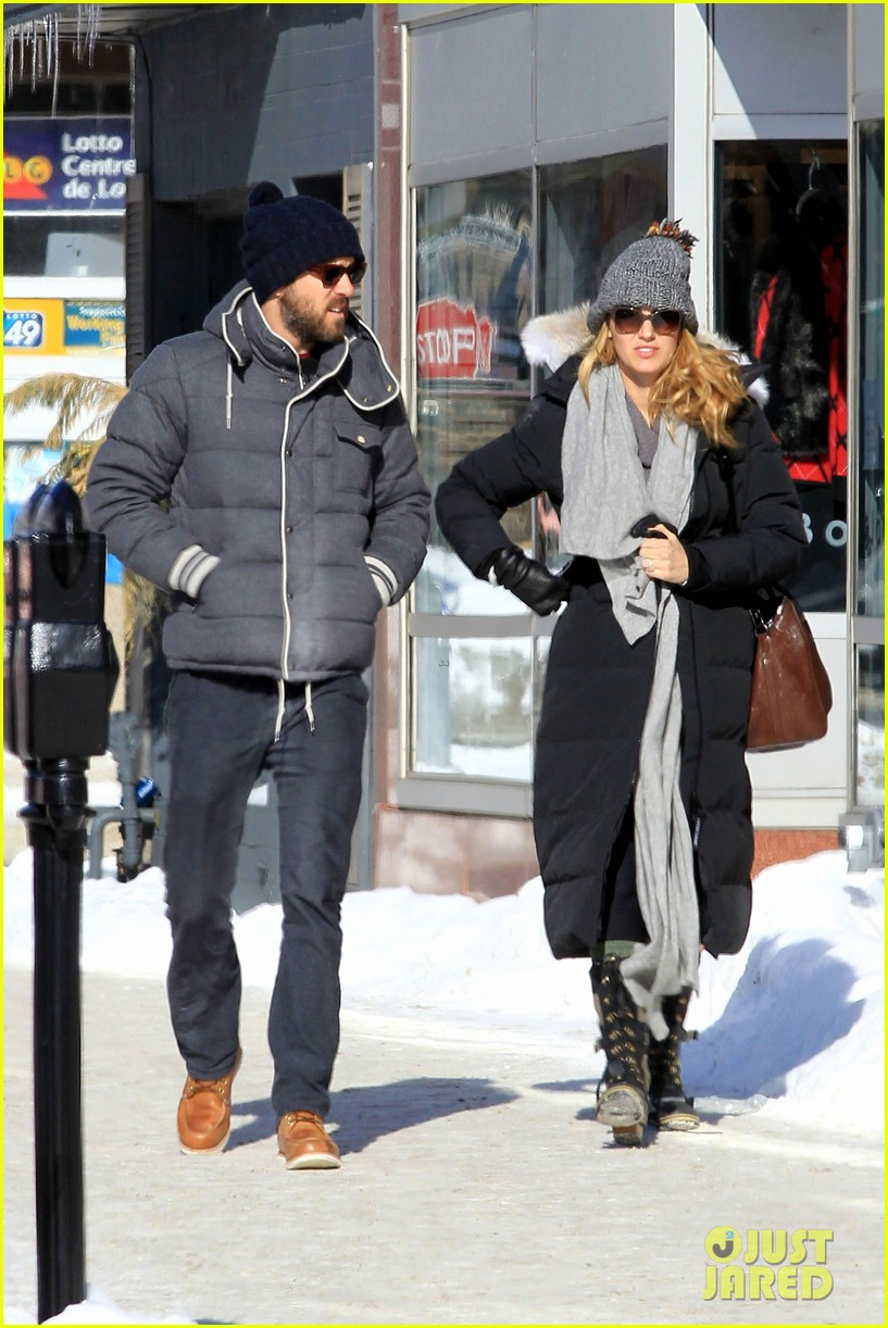 blake lively ryan reynolds snowy weekend in canada 20