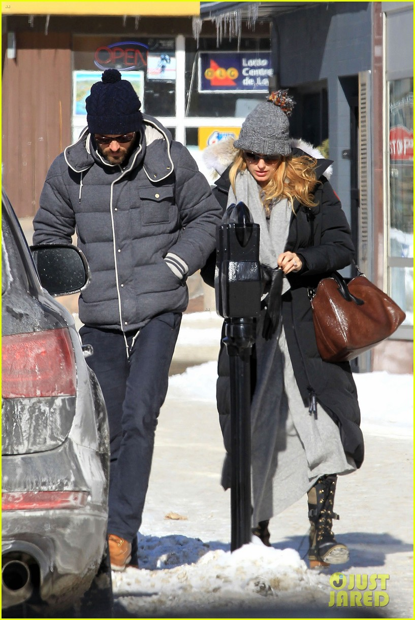 blake lively ryan reynolds snowy weekend in canada 242809750