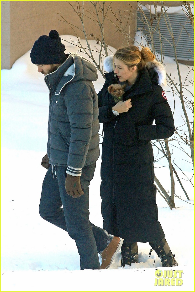 blake lively ryan reynolds snowy weekend in canada 322809758