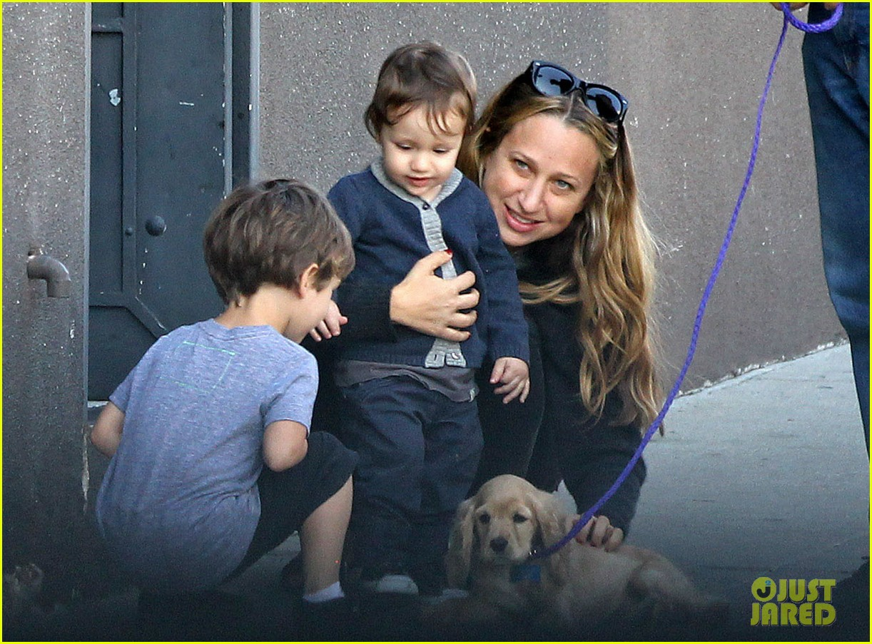 tobey maguire brunch with the family 122814447