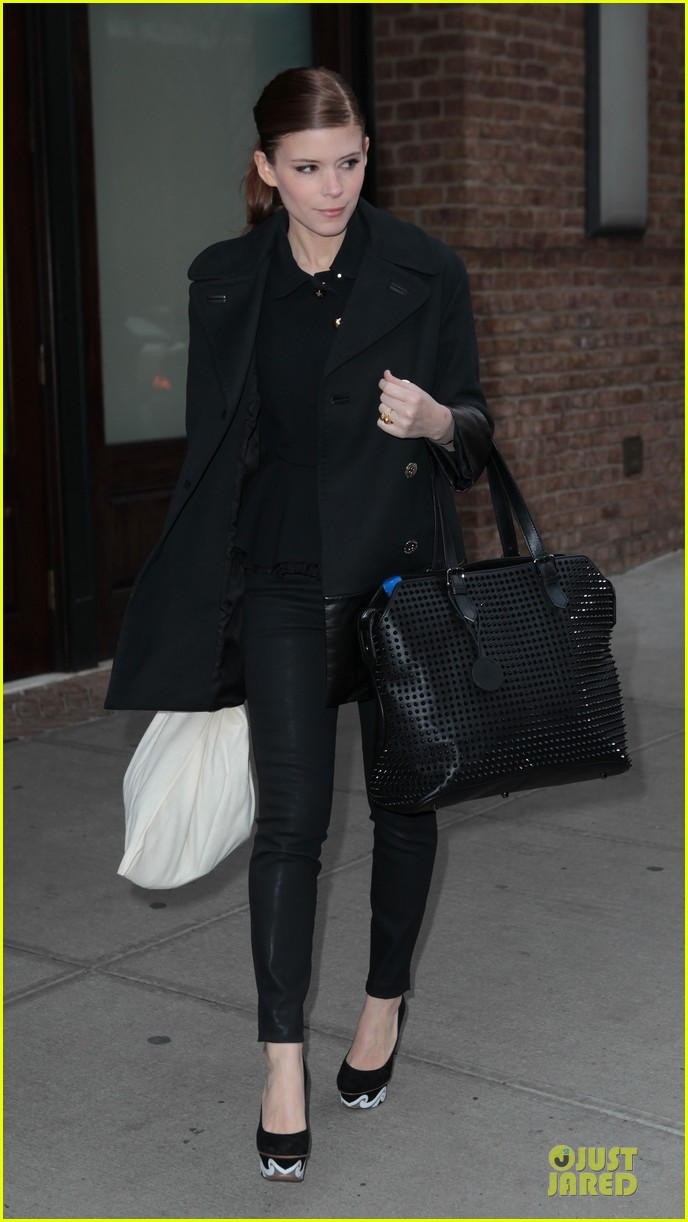 kate rooney mara separate new york outings 03