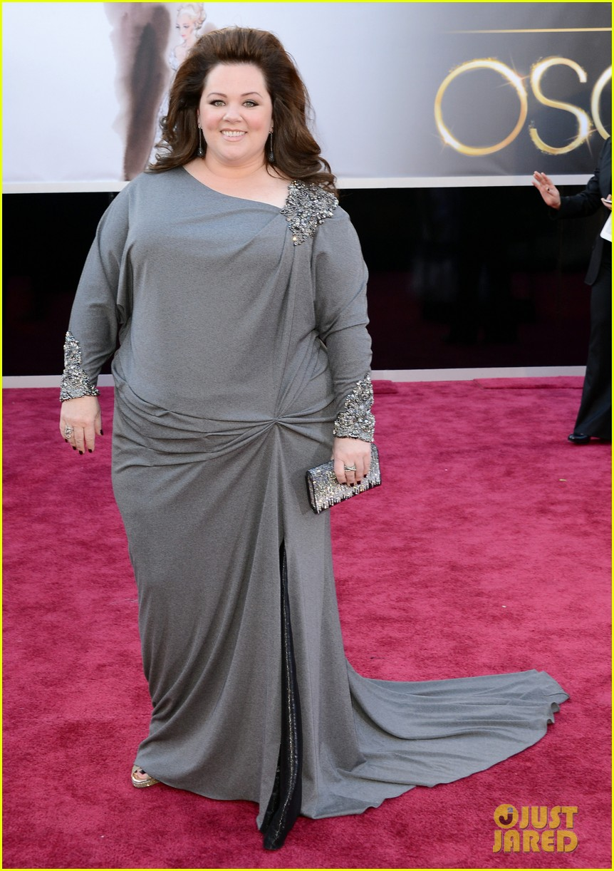 melissa mccarthy oscars 2013 red carpet 012819077