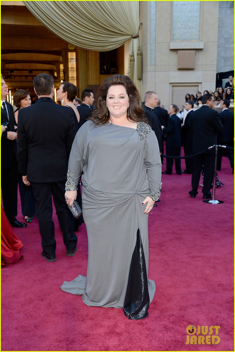 melissa mccarthy oscars 2013 red carpet 072819083