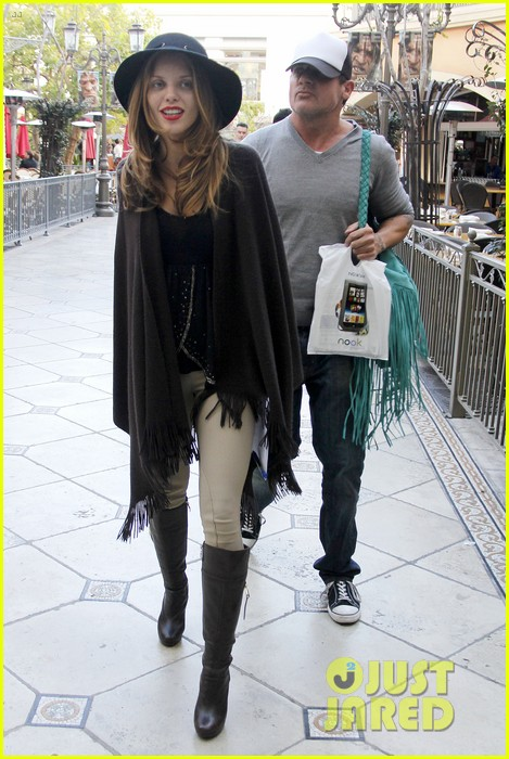 annalynne mccord dominic purcell the grove couple 03