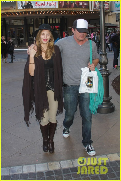 annalynne mccord dominic purcell the grove couple 172808734