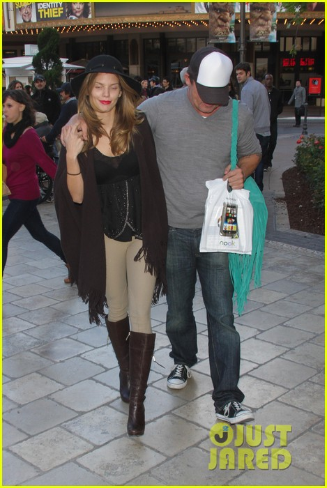 annalynne mccord dominic purcell the grove couple 222808739