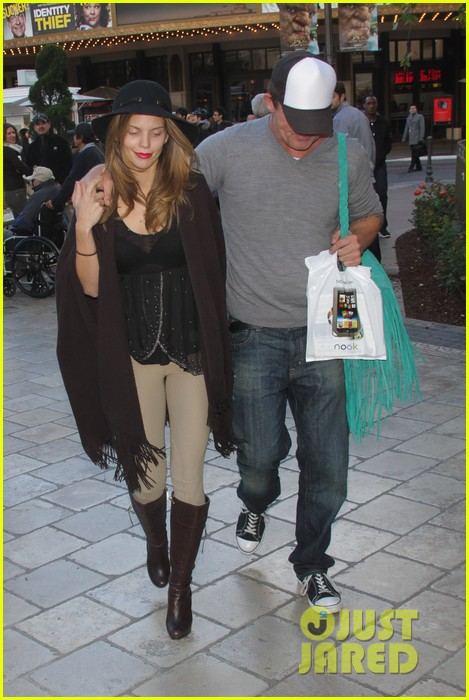 annalynne mccord dominic purcell the grove couple 232808740