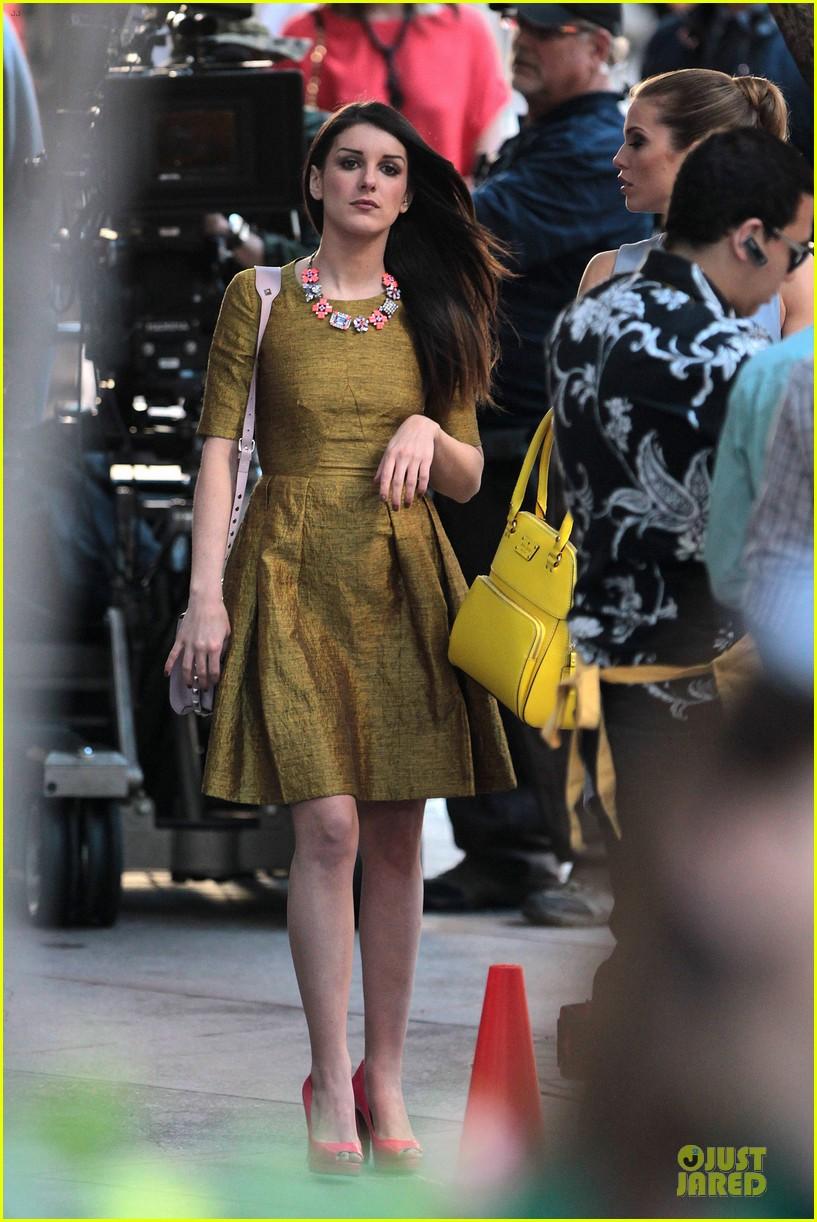 annalynne mccord new york glamour for 90210 042803101