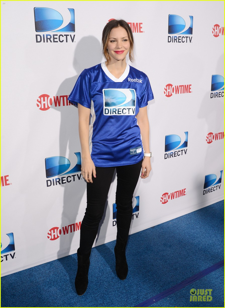 katharine mcphee chrissy teigen celebrity beach bowl gals 012803220
