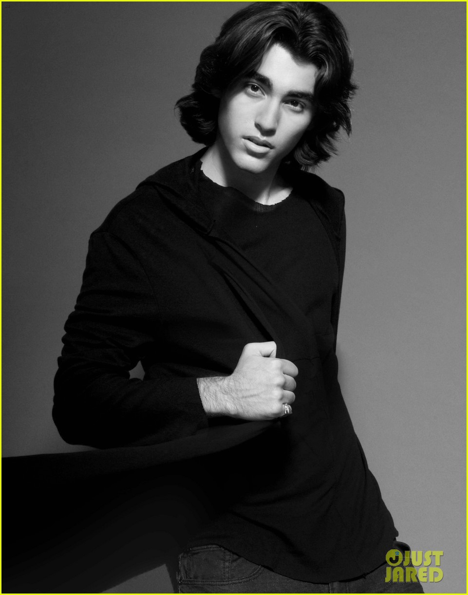 blake michael photo shoot justjared exclusive 032802416