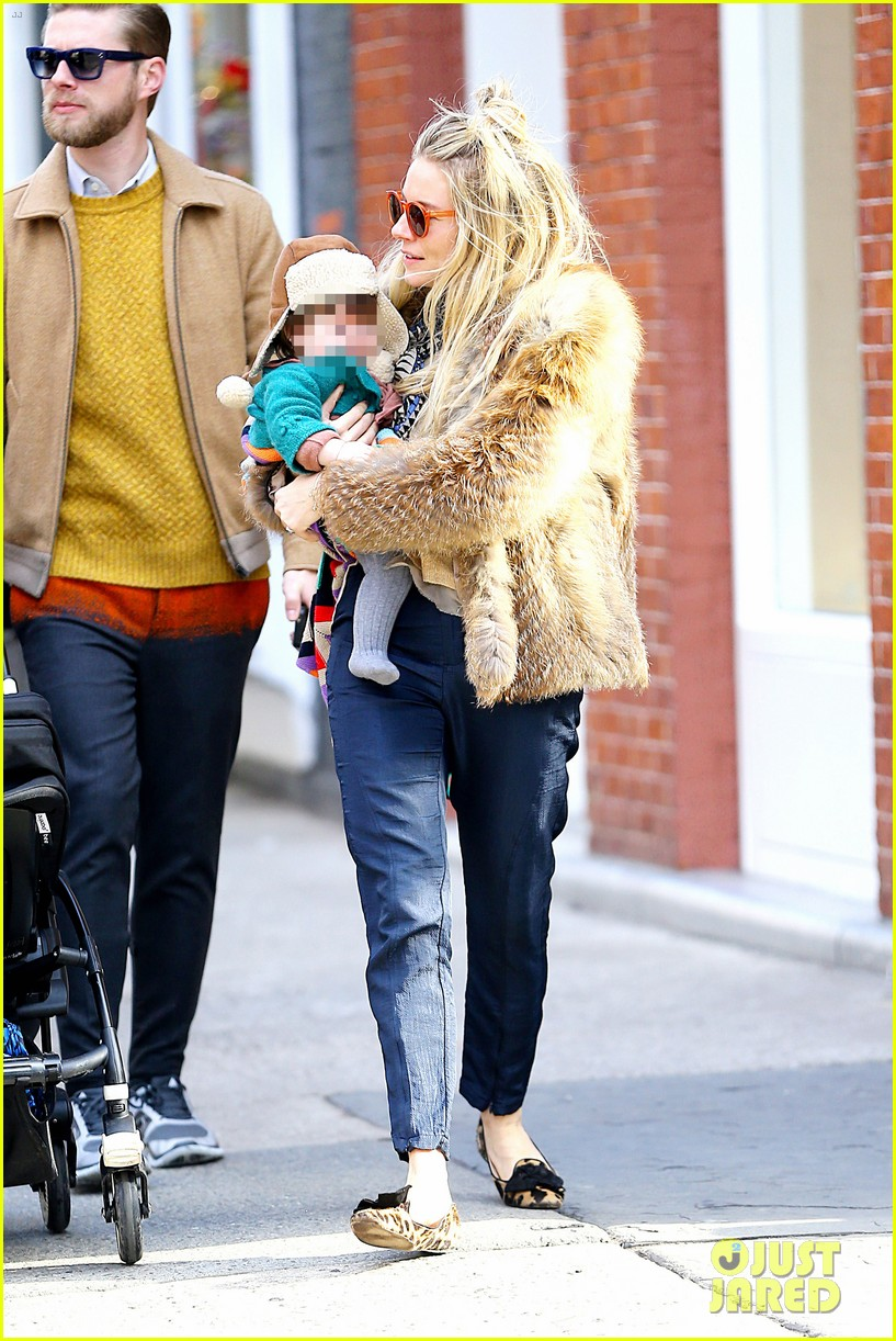 sienna miller cara delevingne takes over pepe jeans roles 232811556