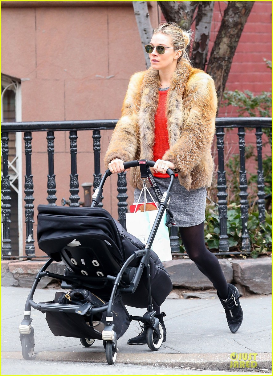 sienna miller fur coat stroll with marlowe 03