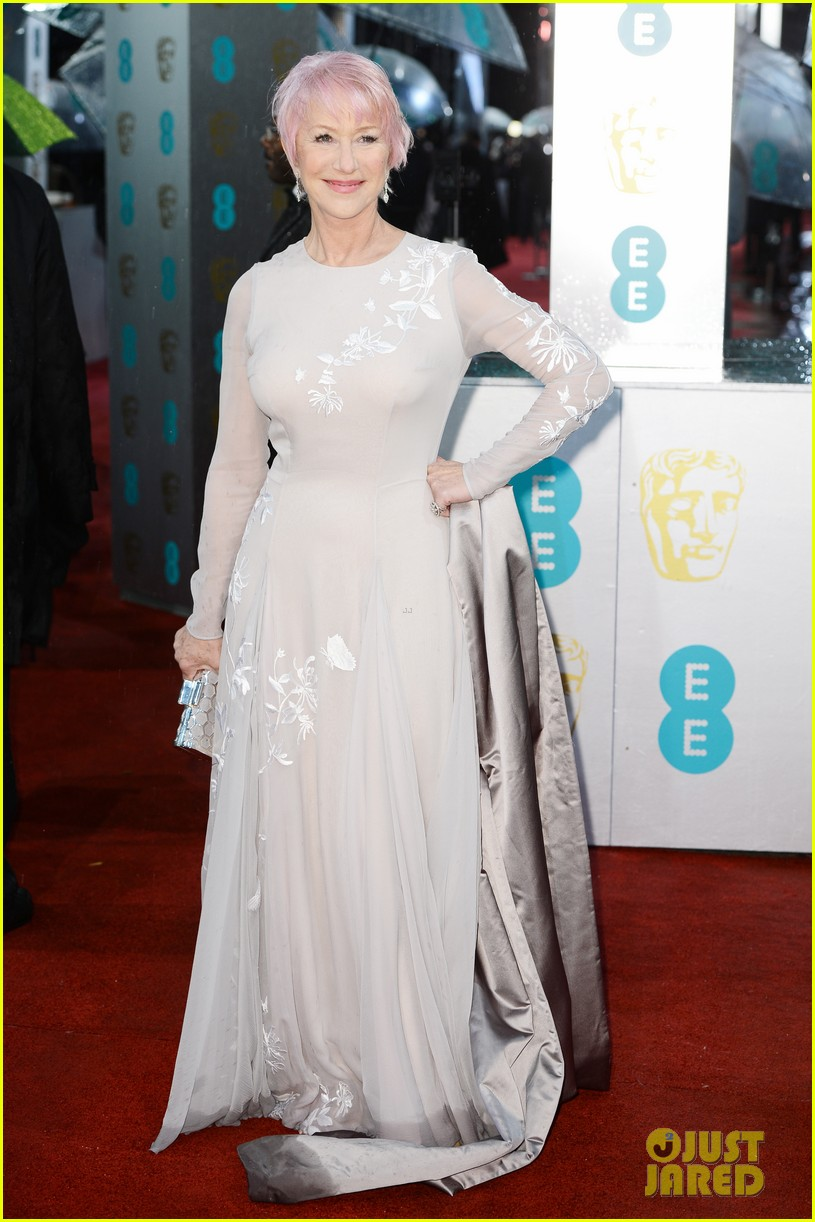 helen mirren pink hair at baftas 2013 052808913