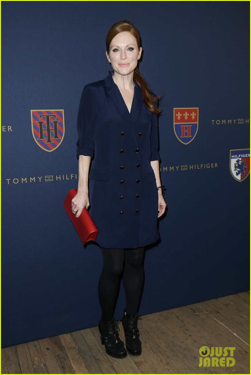 julianne moore jaime king fashion shows in new york 15