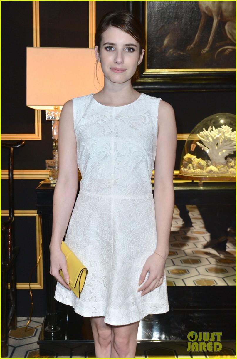 chloe moretz emma roberts paris hm fashion show 092822241